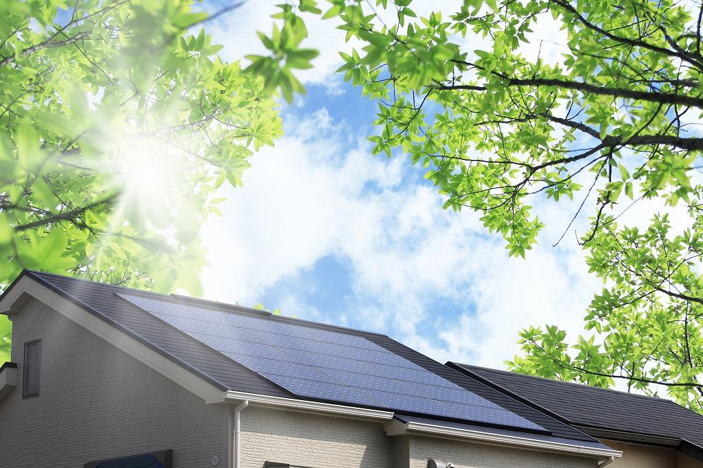 太陽光設置工事でクリーンな電気を生み出す